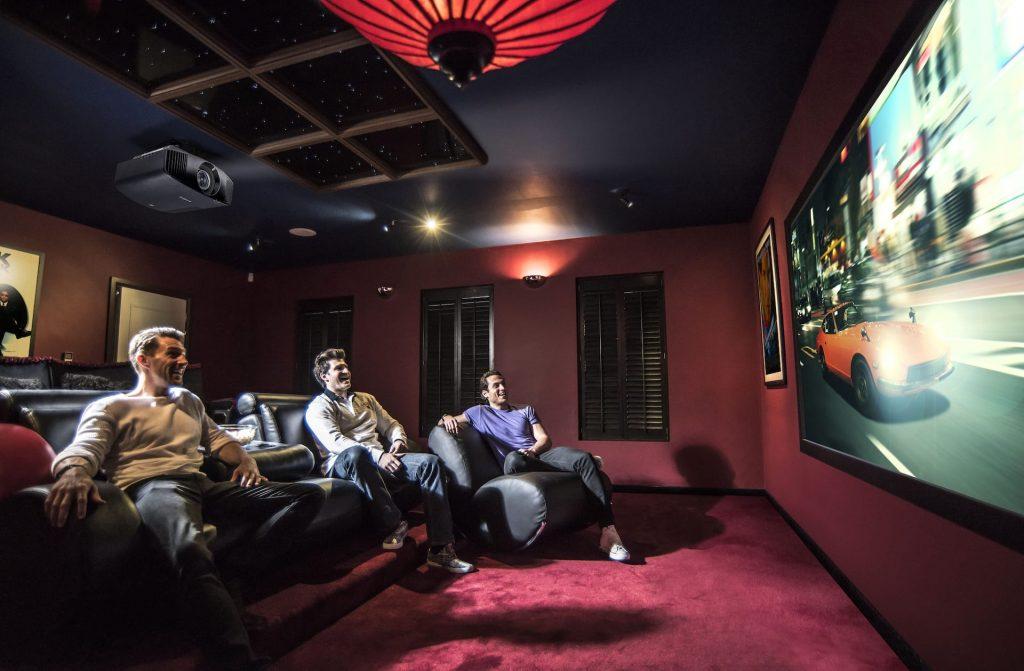 VPL-VW570_Cinema_Room_Movie